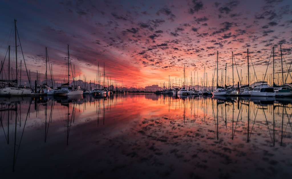 boats-water-sunset